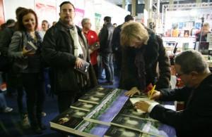 Lansarea si sesiunea de autografe Valentin Nicolau